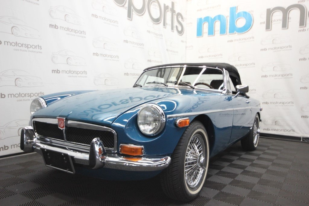 Pre-Owned 1974 MG MGB Roadster