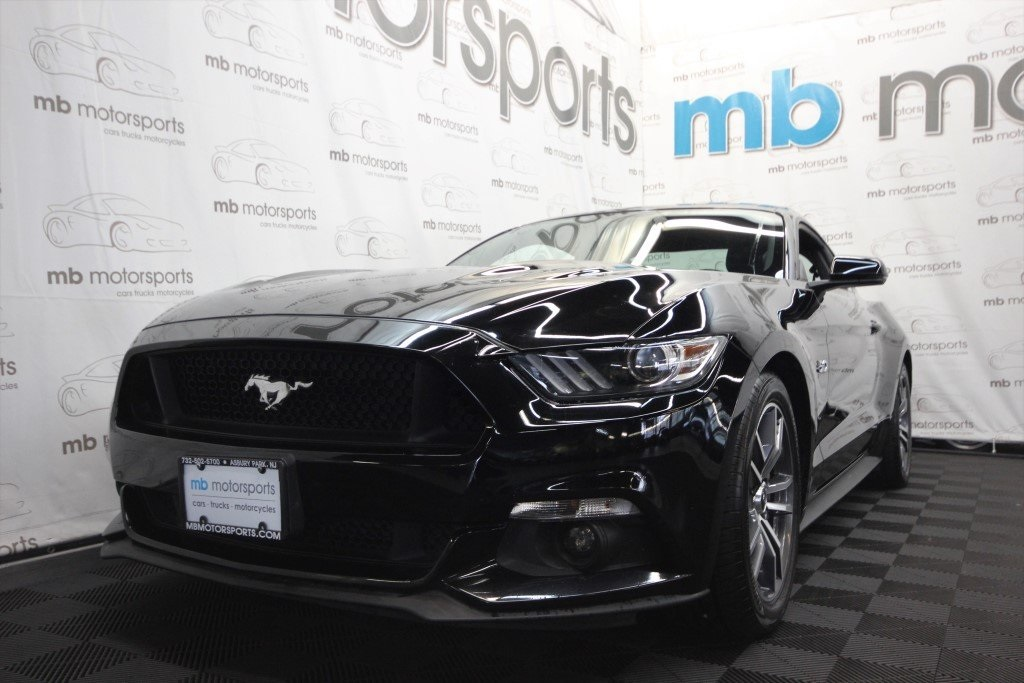 Pre Owned 2017 Ford Mustang Gt Premium 2d Coupe In Asbury Park