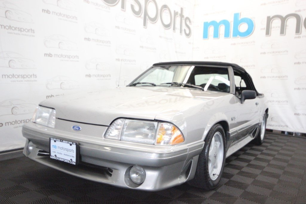 Pre-Owned 1990 Ford Mustang GT