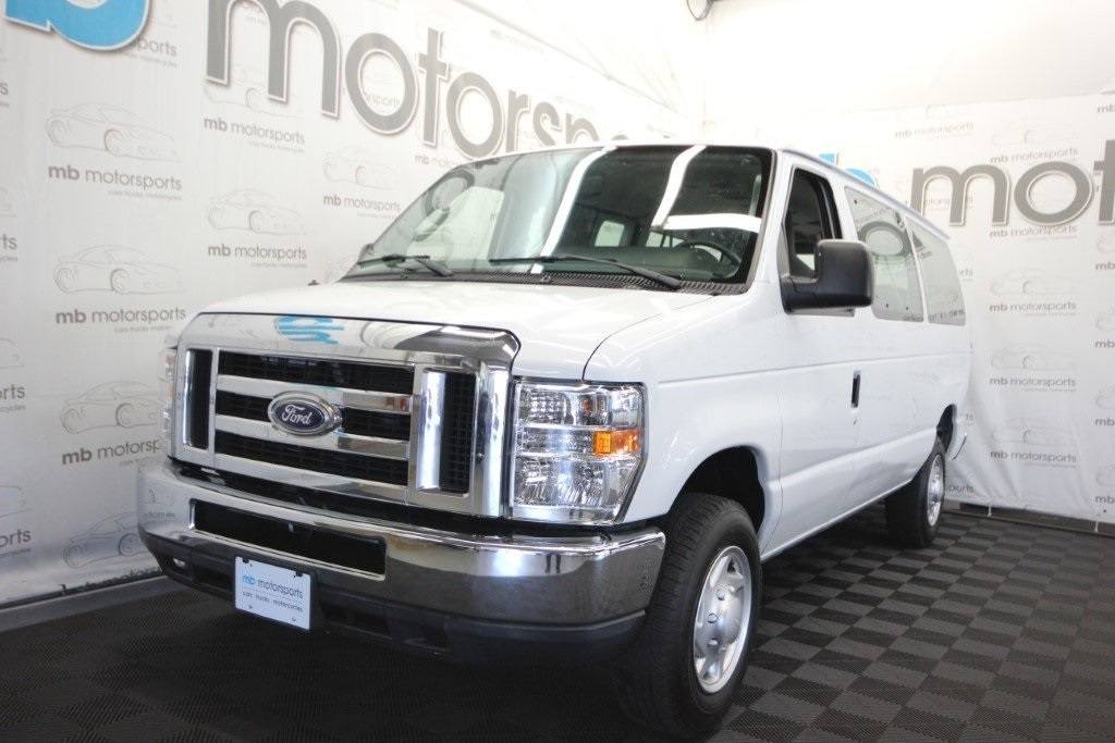 Pre-Owned 2014 Ford E-350SD XLT