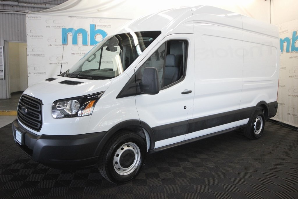 Pre-Owned 2019 Ford Transit-250 High Roof 148