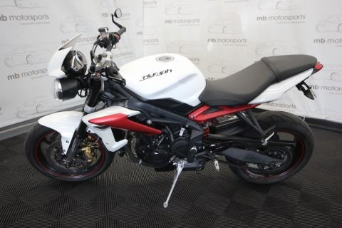Pre-Owned 2014 Triumph Street Triple R ABS B1